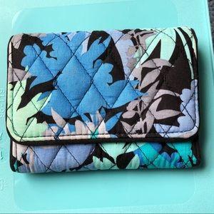 Vera Bradley Petite Trifold Wallet In Camofloral